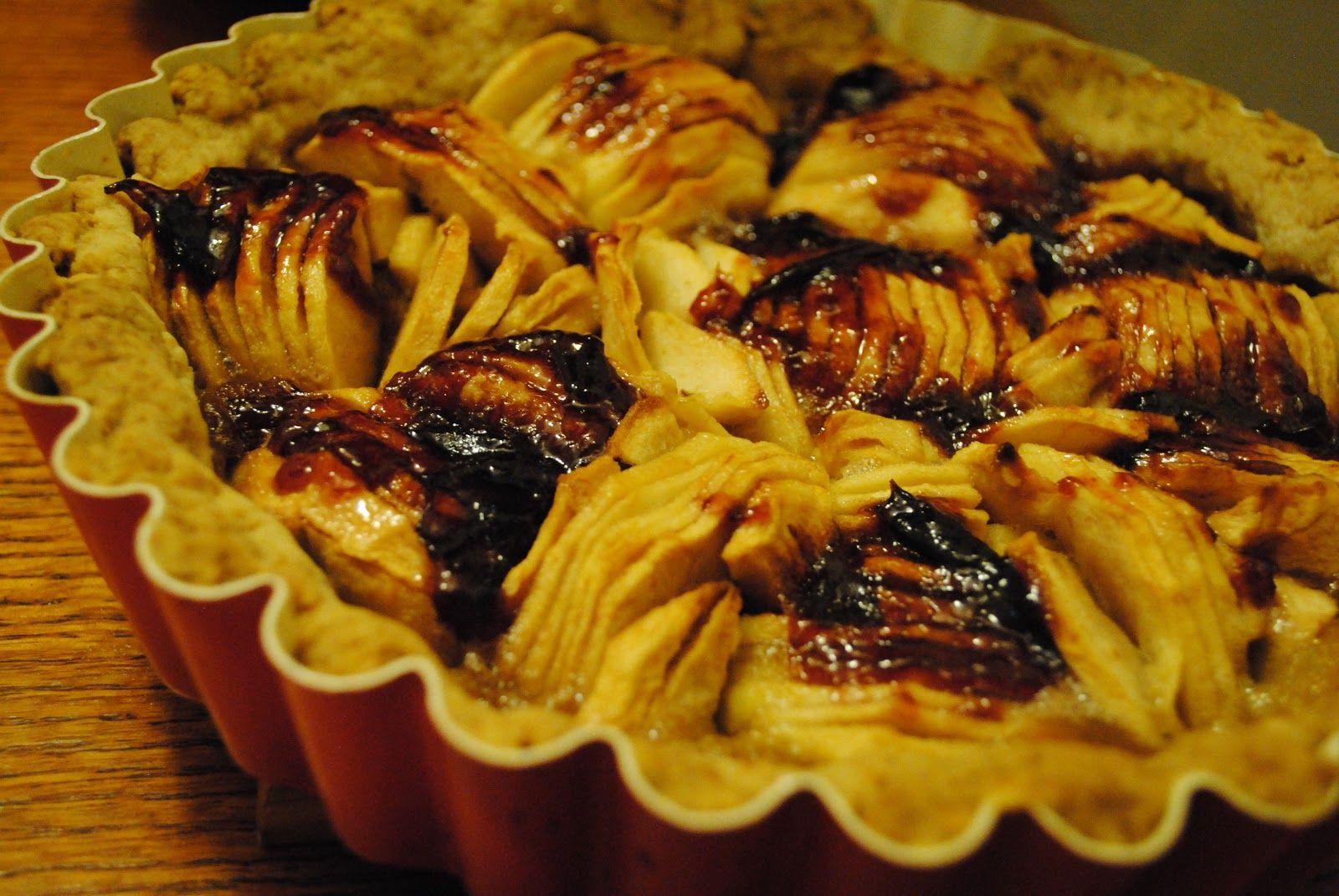 Culinary Adventures with Camilla: Pumpkin Butter-Apple Tart with a Plum Glaze