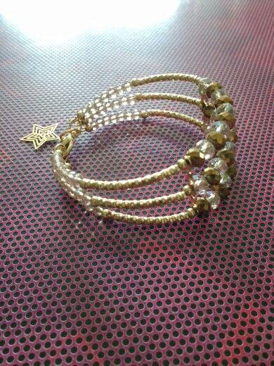 2496a5697e3f Pulcera chapa de oro y cristal. Pendientes De Cuero