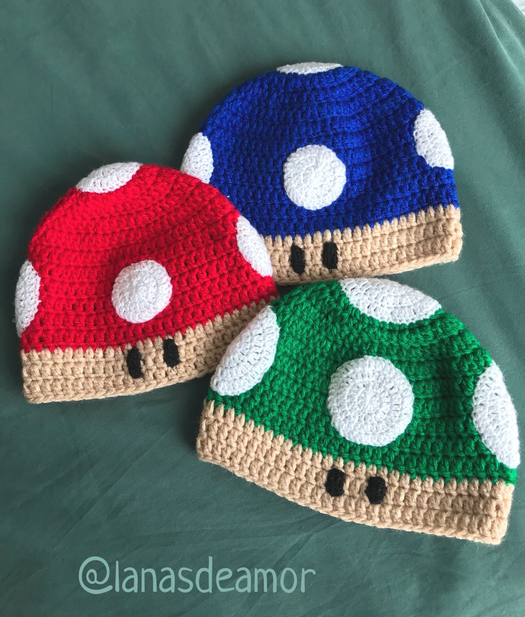 Mushroom Mario Bros crochet hat  lanasdeamor Gorro De Crochê 943fa90a9cf
