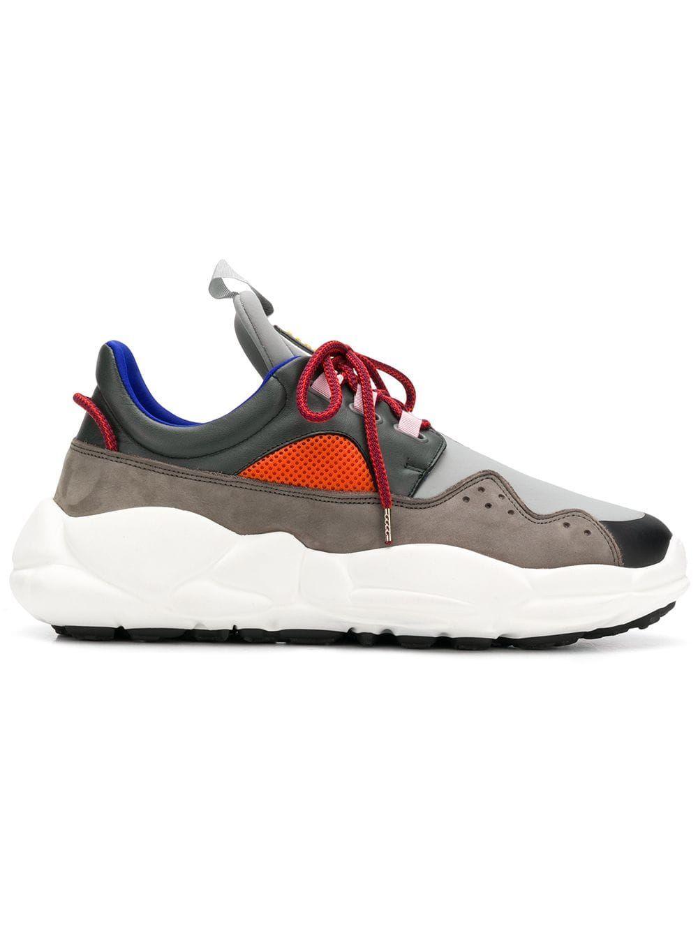 size 40 c821f 1e08a VERSUS VERSUS VERSUS - MAN - RUNNING - GREY. versus shoes