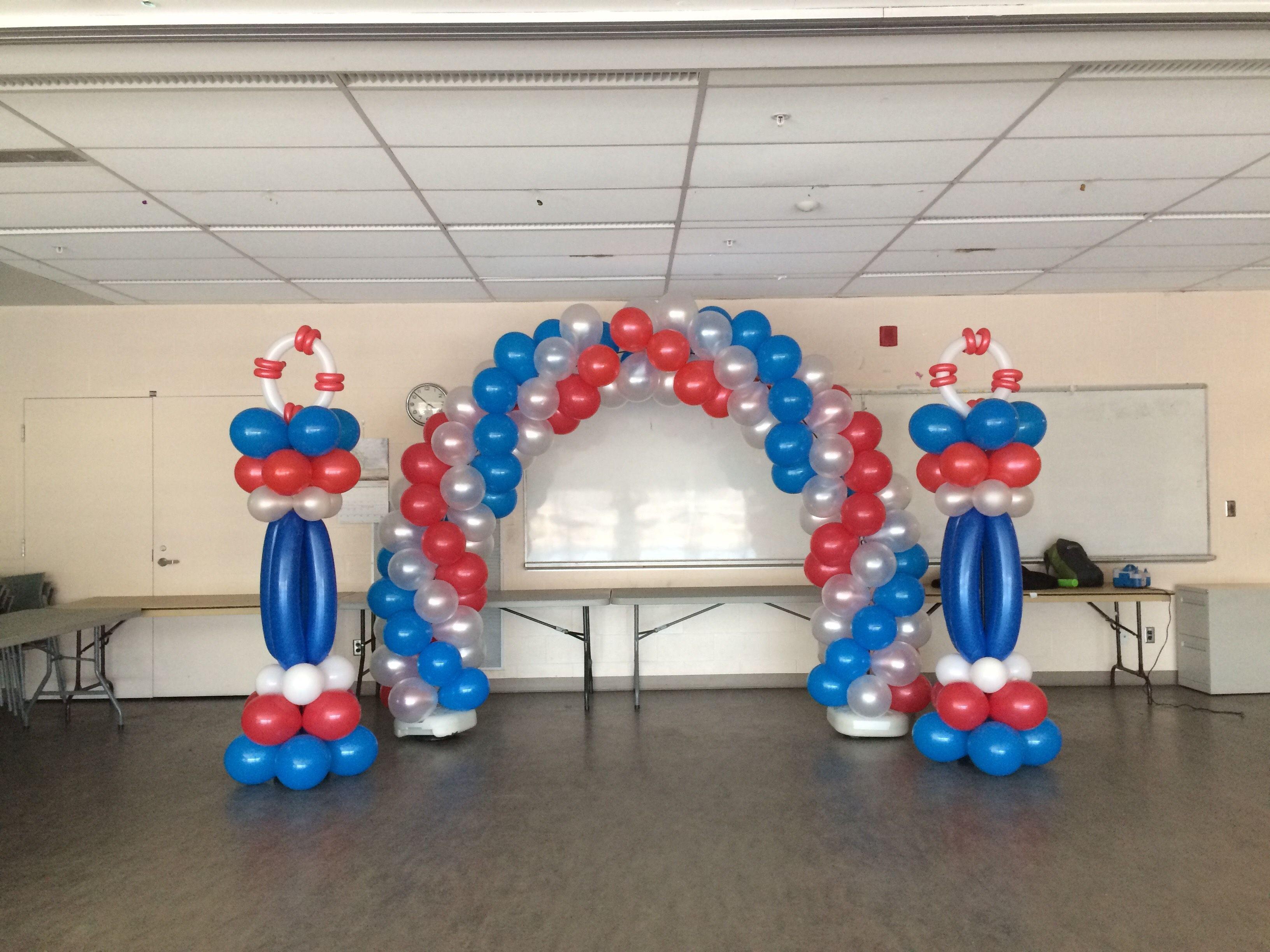 An Anchors Sailing Themed Balloon Arch And 2 Columns Set Up
