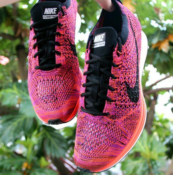 Nike Flyknit Racer Lila