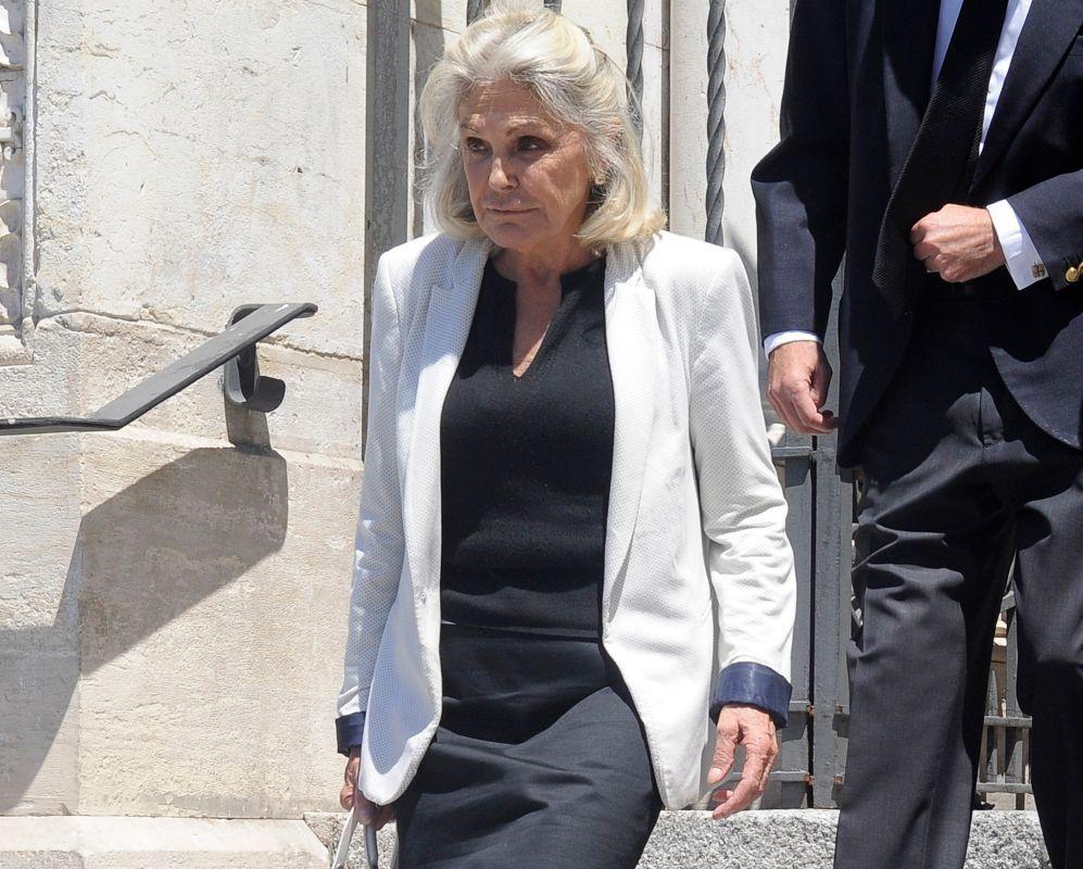 Beatriz de Orleans en el funeral de Crista de Baviera, bisnieta de ...