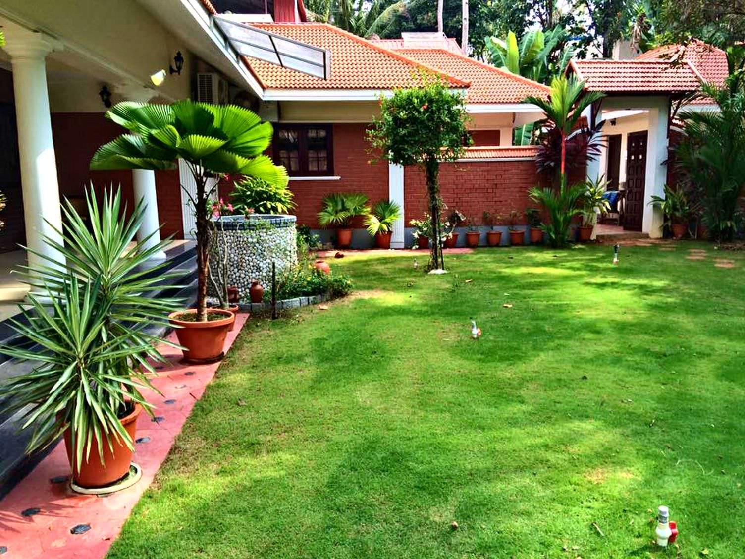 Home En Garden Kerala Style Landscape Design Photos Home And Floor