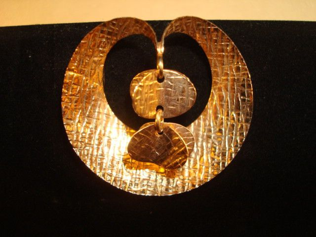 Elis Kauppi for Kupittaan Kulta, vintage 14K yellow gold modernist brooch. #Finland