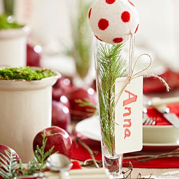 Fun and Simple Holiday Place Setting Christmas Ideas Pinterest - simple christmas decorating ideas