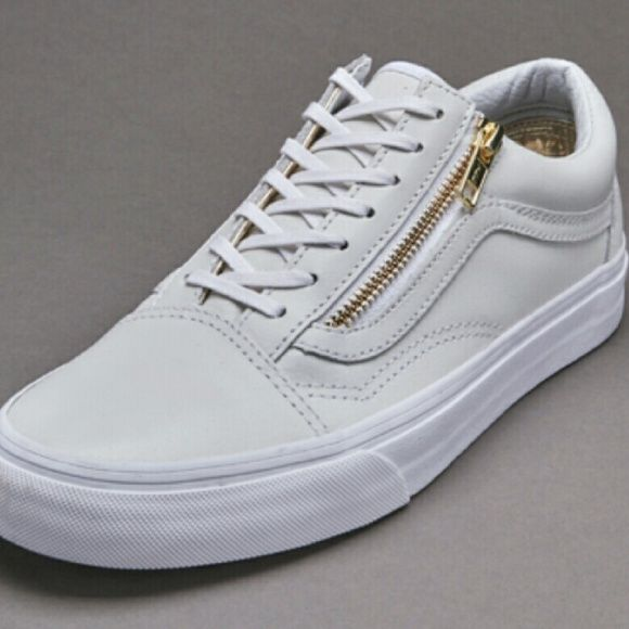 dd3fcde30f Old skool Zip White Leather Vans Gold zip detail. Never worn. Vans  detailing. vans Shoes