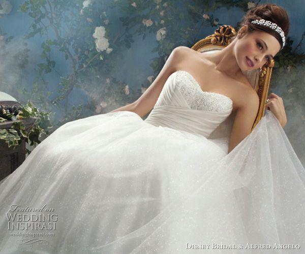 Disney wedding dresses 2012