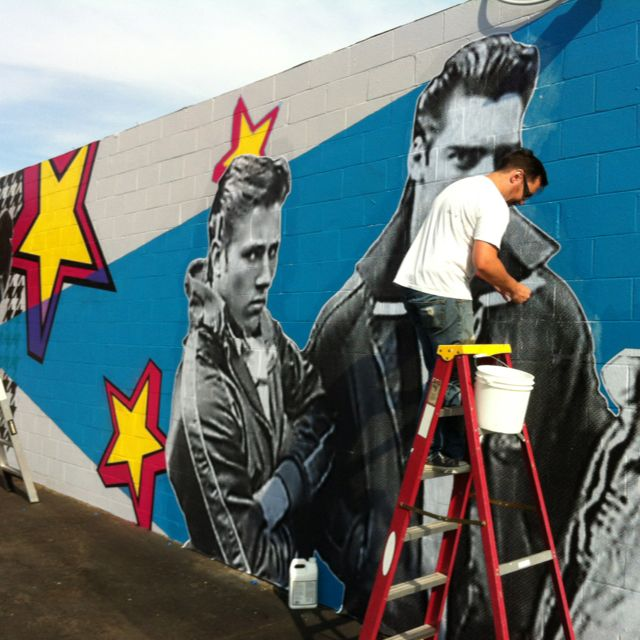 JFeather going at it on the kreashun mural! | Mural
