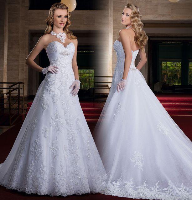 Simples e Elegante Vestido De Novia Querida Strapless Frisada Lace Apliques A Linha de Tulle Capela Trem Vestidos de Noiva Vestido de Noiva