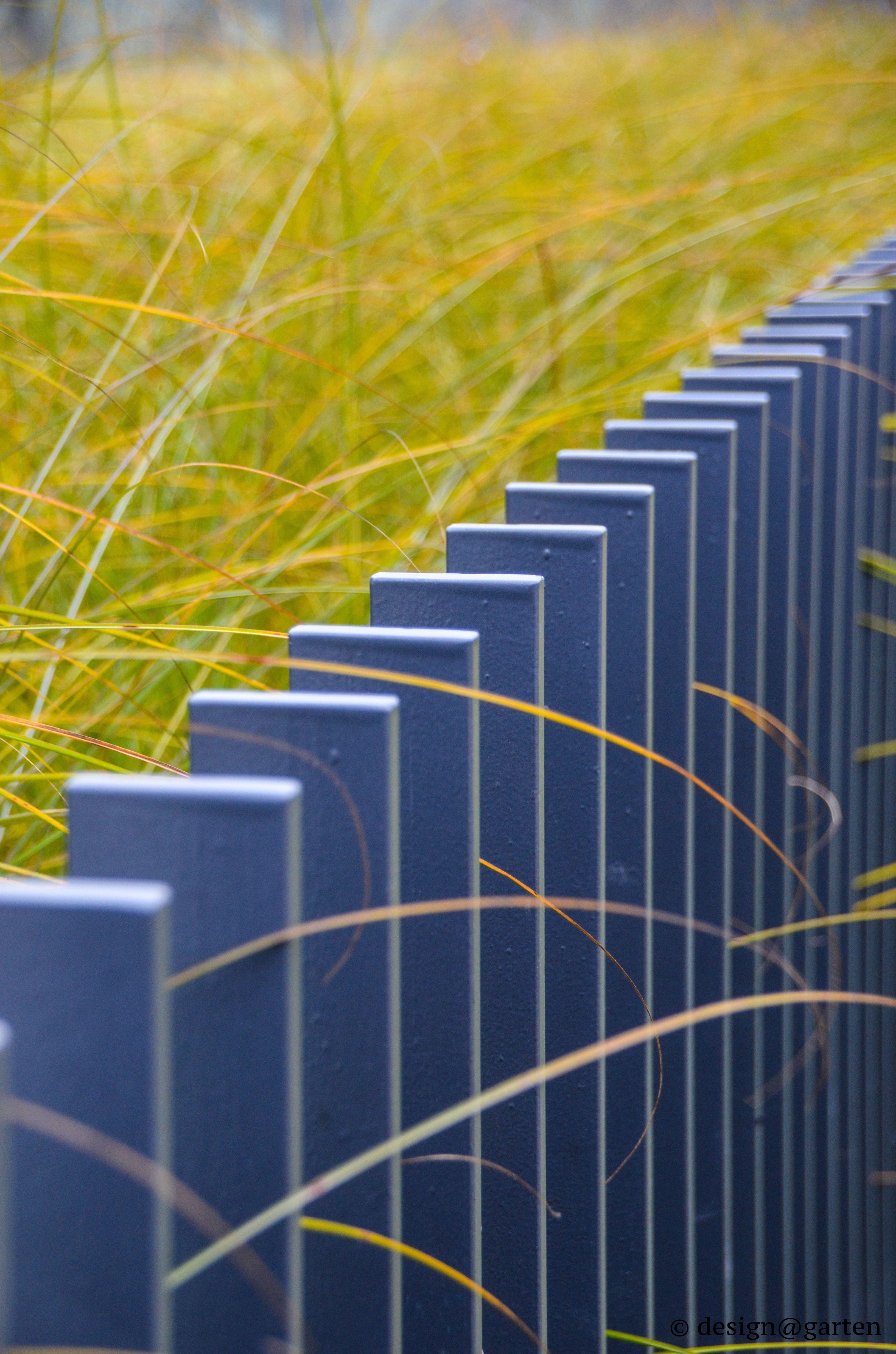 design garden fence design gartenzaun design. Black Bedroom Furniture Sets. Home Design Ideas