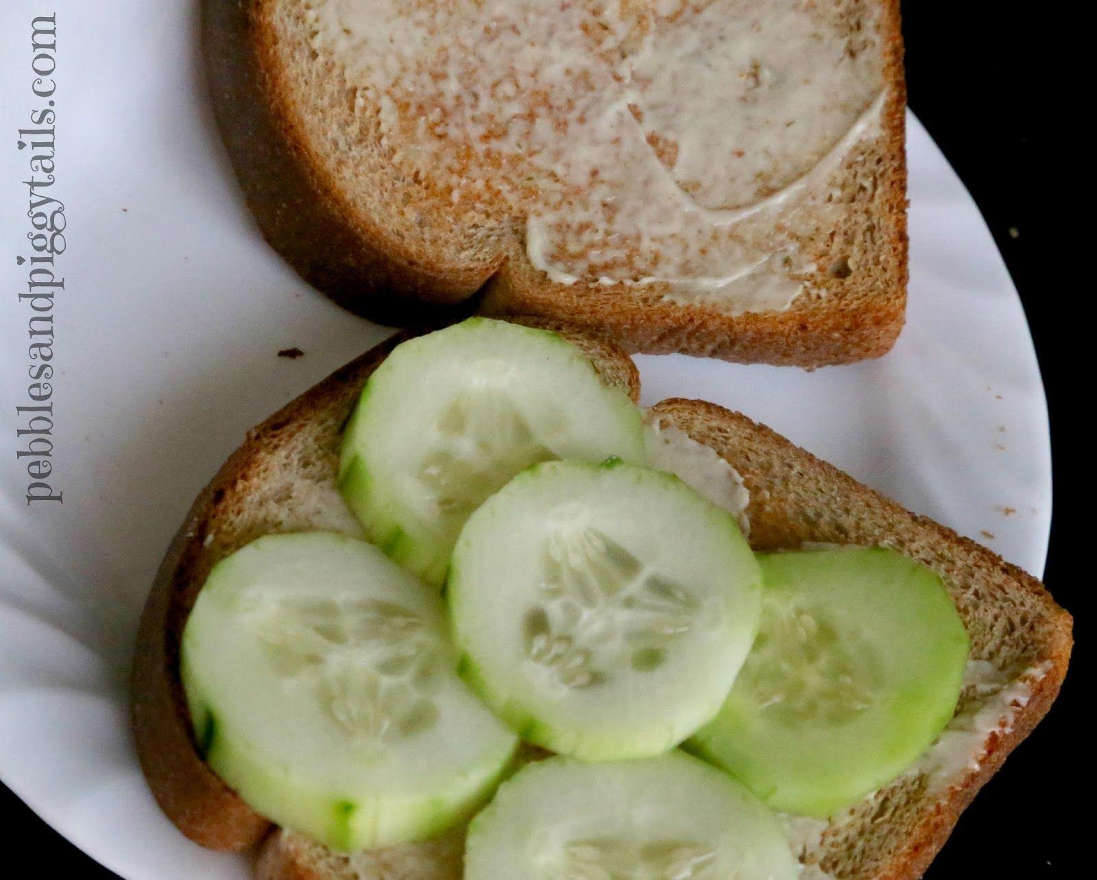 Pebbles and Piggytails: Light Cucumber Sandwiches