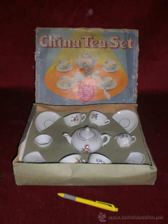 Antiguo Juego De Te De Juguete De Porcelana China Caja Original
