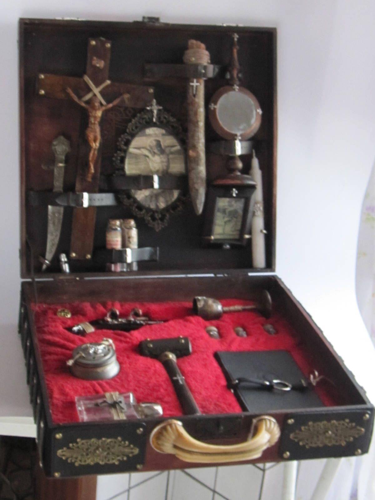 Steampunk Vampire Hunter Case Di Tikystore Su Etsy Steampunk In