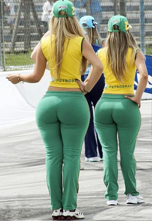 Curvy girls with big booties photos. Best asses in the world. Biggest butts  in the world