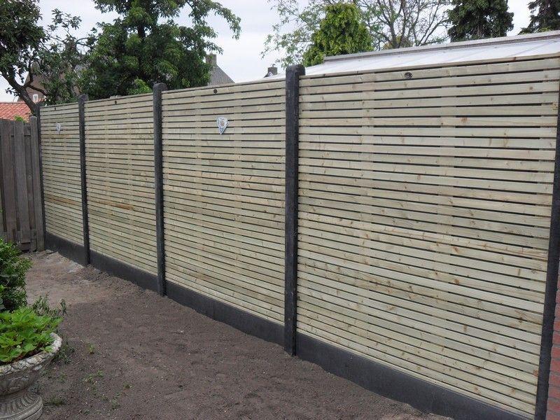 Houten schutting geplaatst renovatie achtertuin particulier project sichtschutz pinterest - Renovatie hout ...