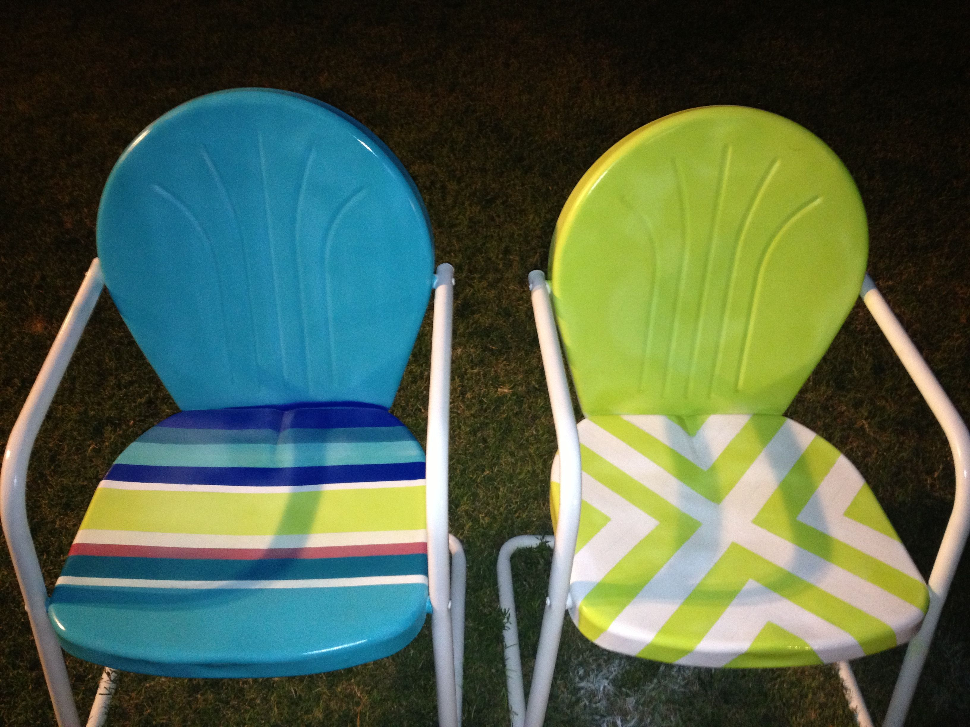 Painted metal lawn chairs | Painted chairs | Pinterest | Jardinería