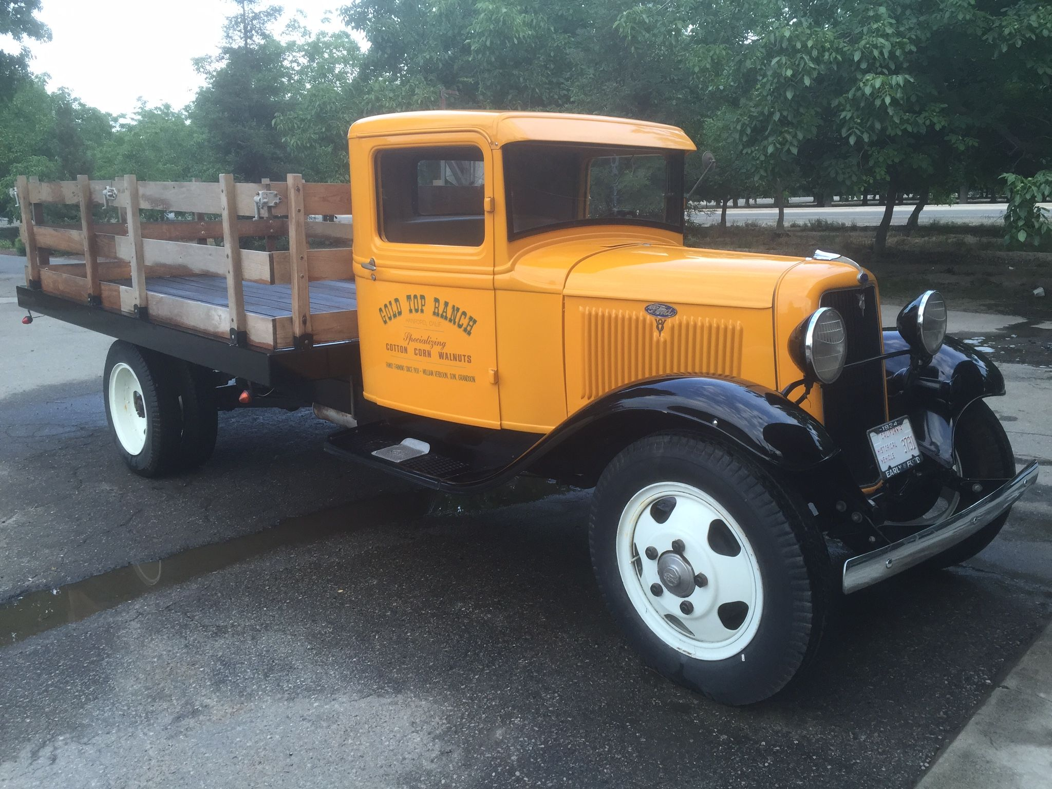1934 Ford Stake Bed Truck With Images Classic Cars Trucks