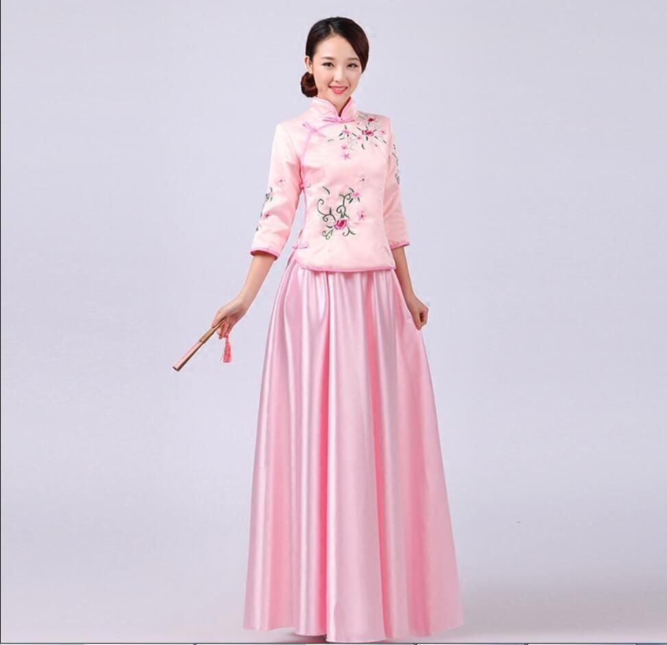Retro women national wind bridesmaid gown embroidery guzheng