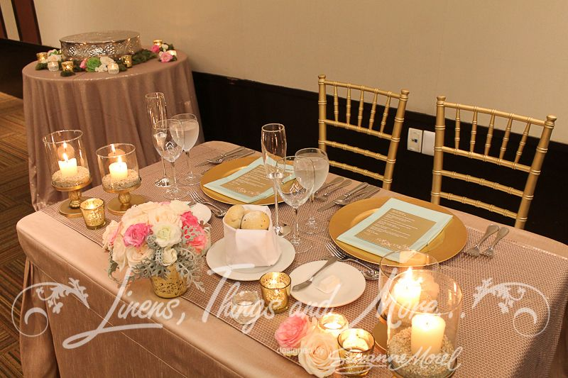 Mint And Blush Table Linens For Weddings | Tiffanyu0027s Wedding And Reception  Décor Was The Perfect