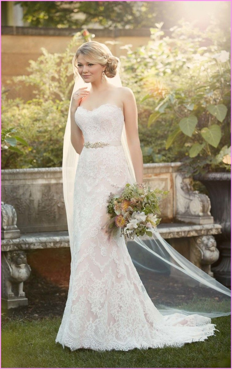 Unique style wedding dresses  How To Decide Sheath Style Wedding Dress With Different Body Types