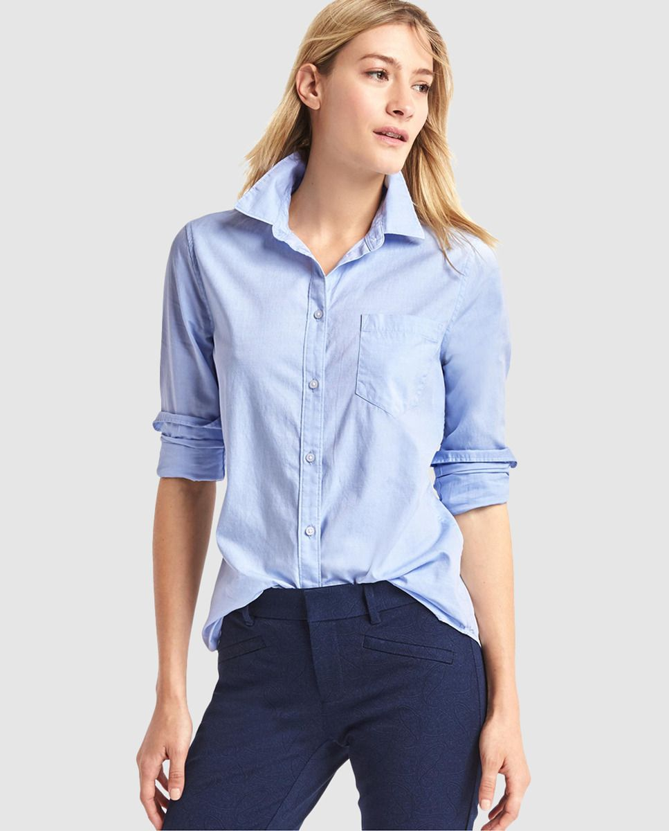 364821eee09 Camisa oxford de mujer Gap en color azul | Ropa | Camisas azules ...