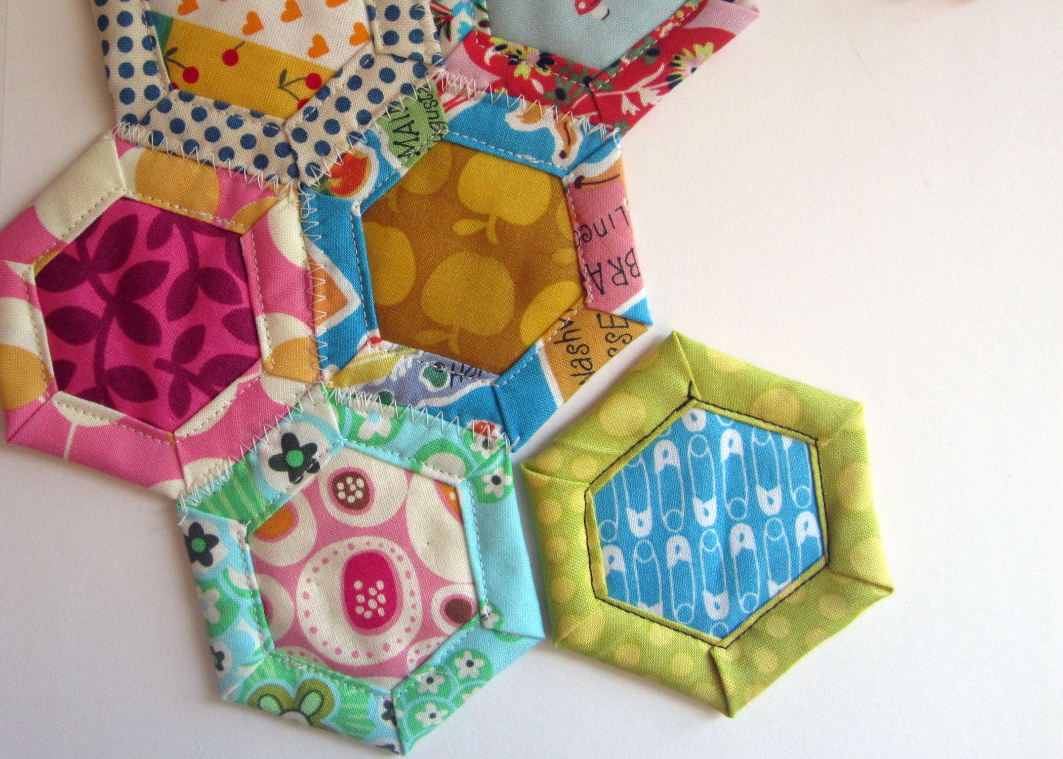 Supplies Cereal Box Paper Scissors X Acto Knife Fabric Scissors Or Rotary Cutter Mat Sewing Machine Clips Or Pi Hexagon Quilt Hexagon Patchwork Paper Piecing