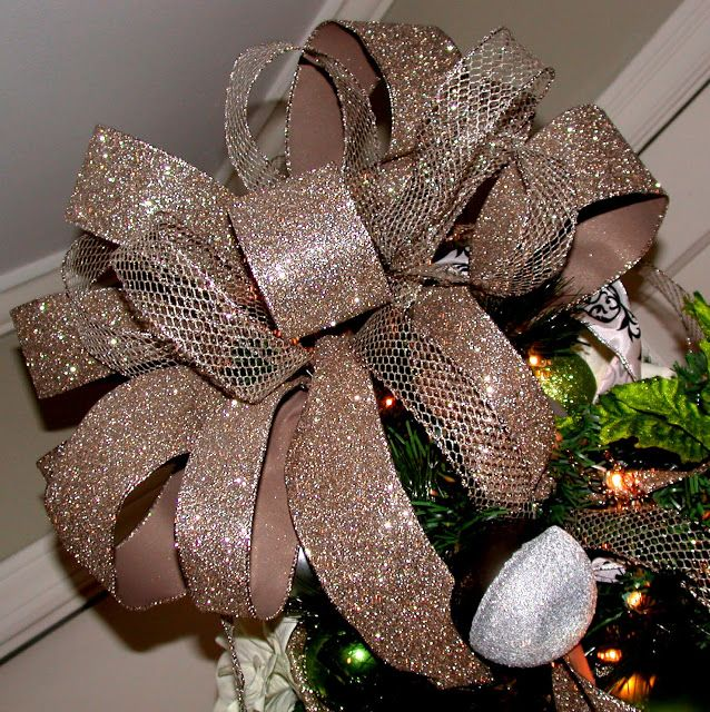 how to make a full bow tree topper using bamboo skewers tape ribbon couldn 39 t be easier. Black Bedroom Furniture Sets. Home Design Ideas