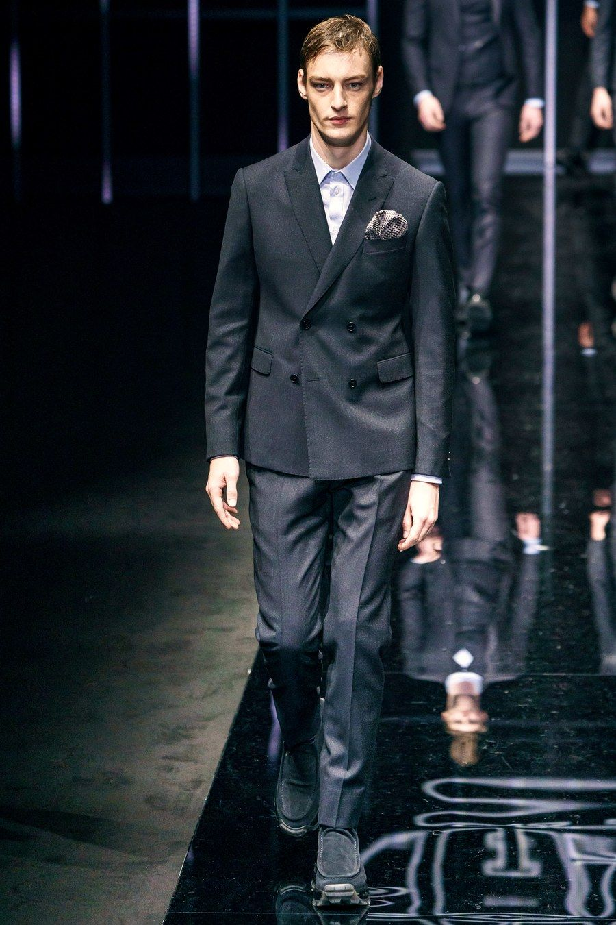 Emporio Armani Fall 2019 Menswear Fashion Show в 2020 г