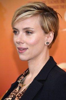 Scarlett Johansson receives equal pay as a Marvel 'Avenger', Variety reports