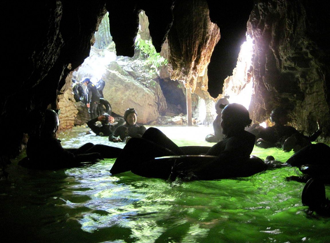 Blackwater Rafting (cave tubing) in New Zealand