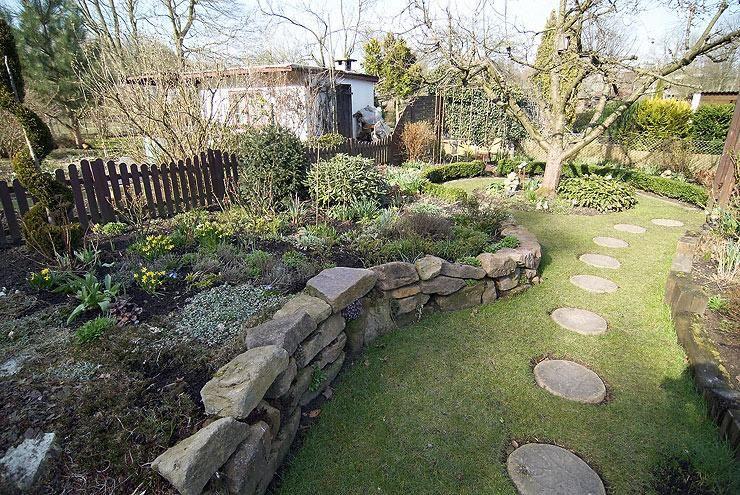Garten Ohne Rasen Ich Habs Getan Seite 1 Gartenpraxis Mein Schoner Garten Online Kleiner Hinterhof Design Garten Gartengestaltung