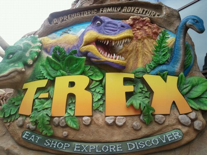 """At the Legends, amazing food, and super fun! - """"Prehistoric themed restaurant that includes a gift shop, along with animatronic dinosaurs that move and roar. T-Rex has differently-themed restaurant sections, such as prehistoric insects, ice age, and under the sea."""""""