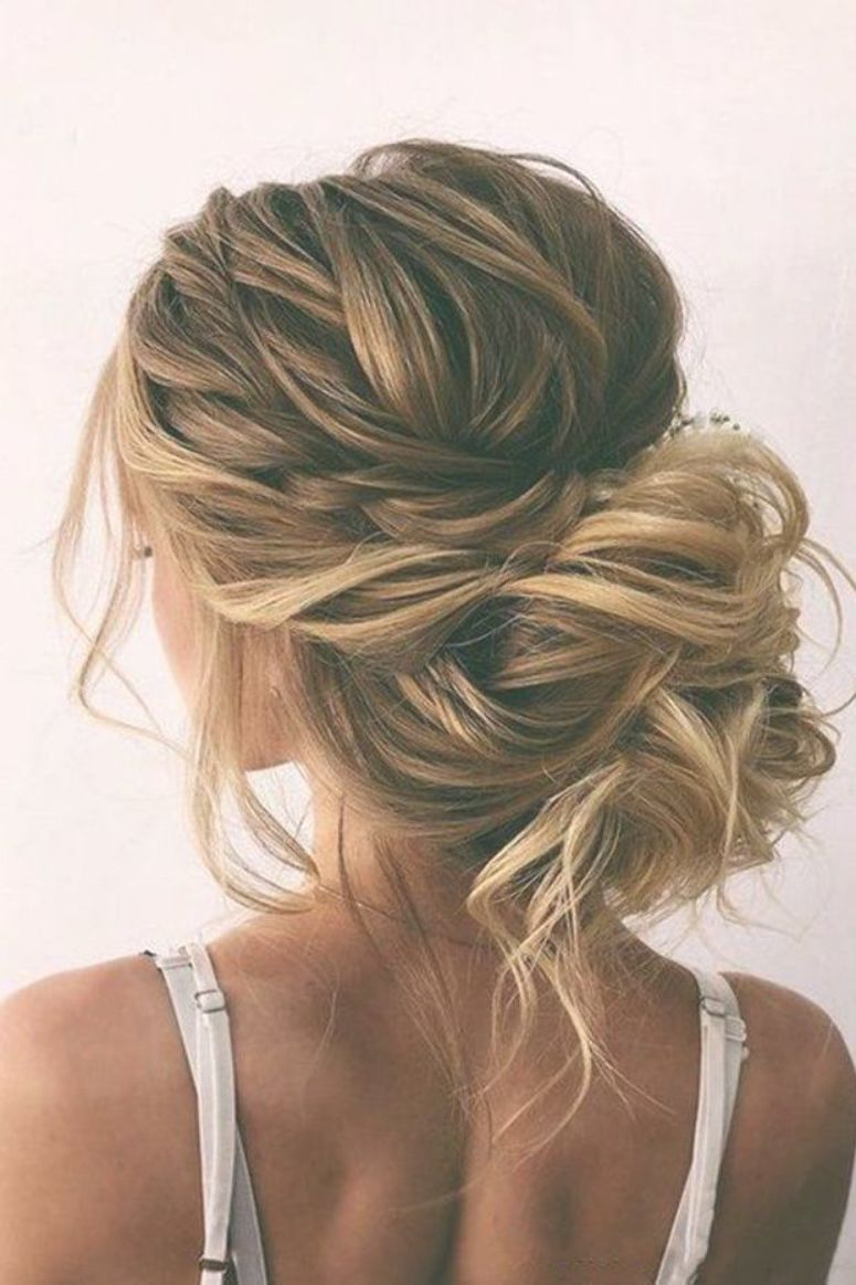 42 Wedding Hairstyles Romantic Bridal Updos Romantic Wedding Updos Messy Bun With Bold Side Dutch Braid On Blon Long Hair Updo Hair Styles Bride Hairstyles