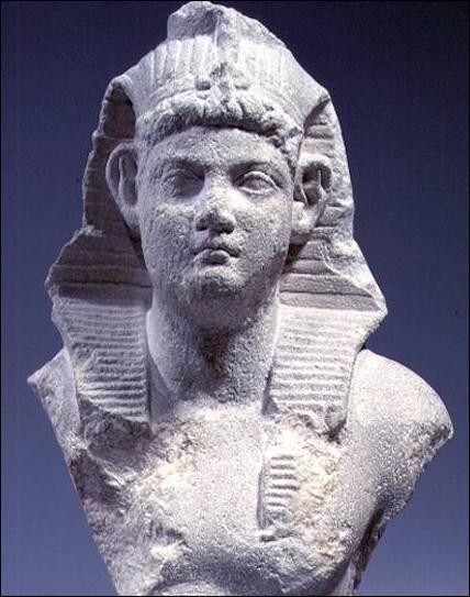 Resultado de imagen para Fotos de Ptolomeo XV