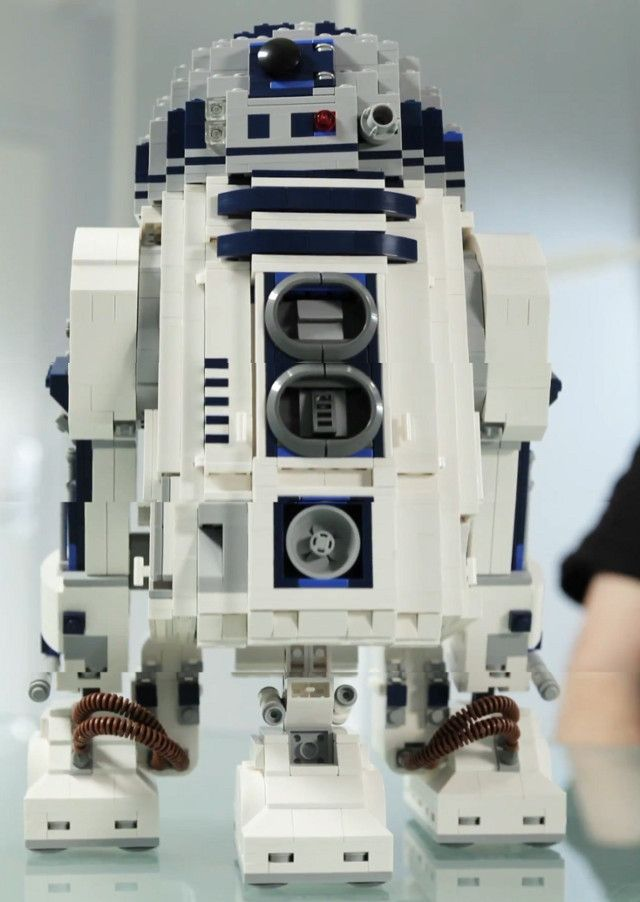 2,100-Piece R2-D2 LEGO Set Coming Soon (this is not a hint for a gift... Well, maybe it is...)