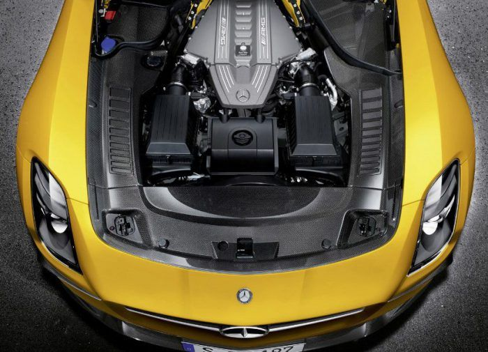 2019 Mercedes AMG GT4 engine