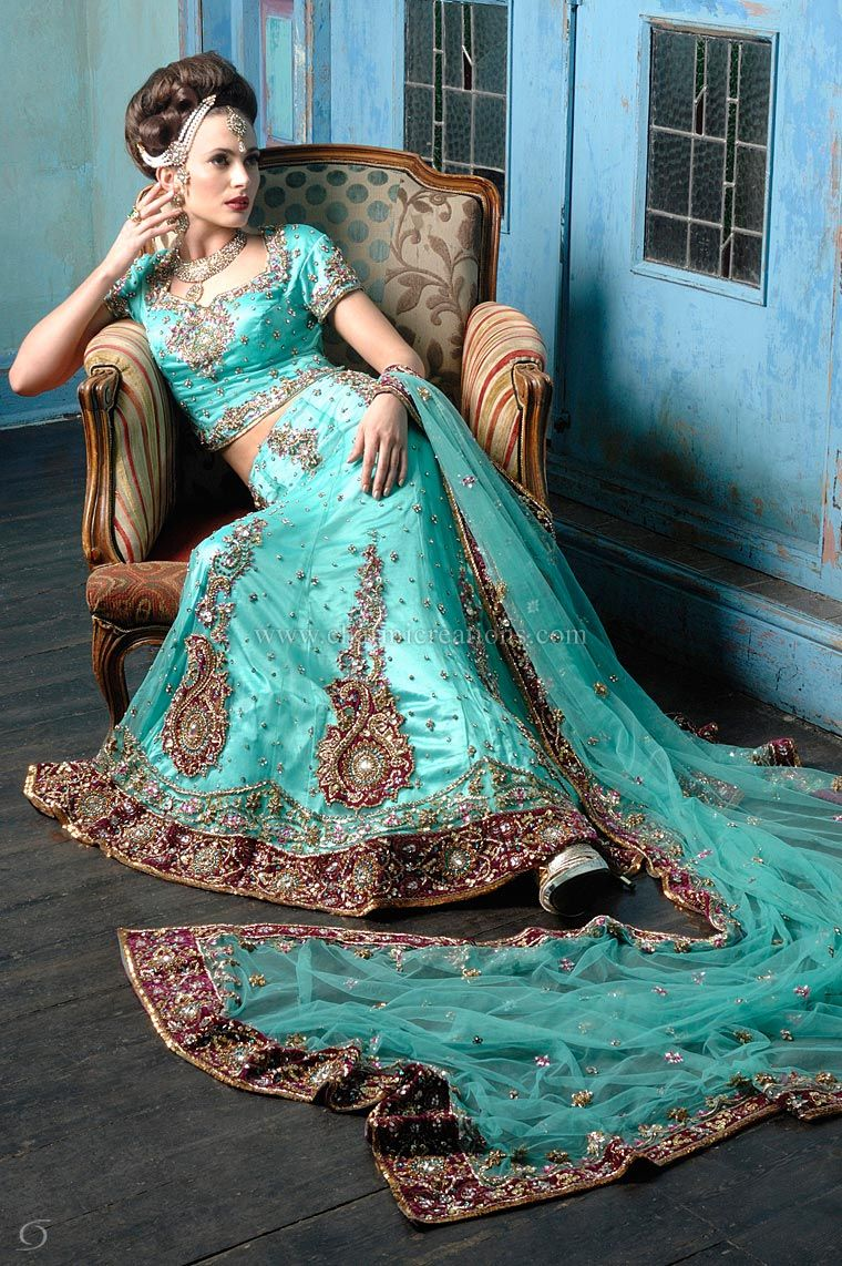 Omg this is beautiful   Fabulous Fashions and Bridal Wear of Asia ...