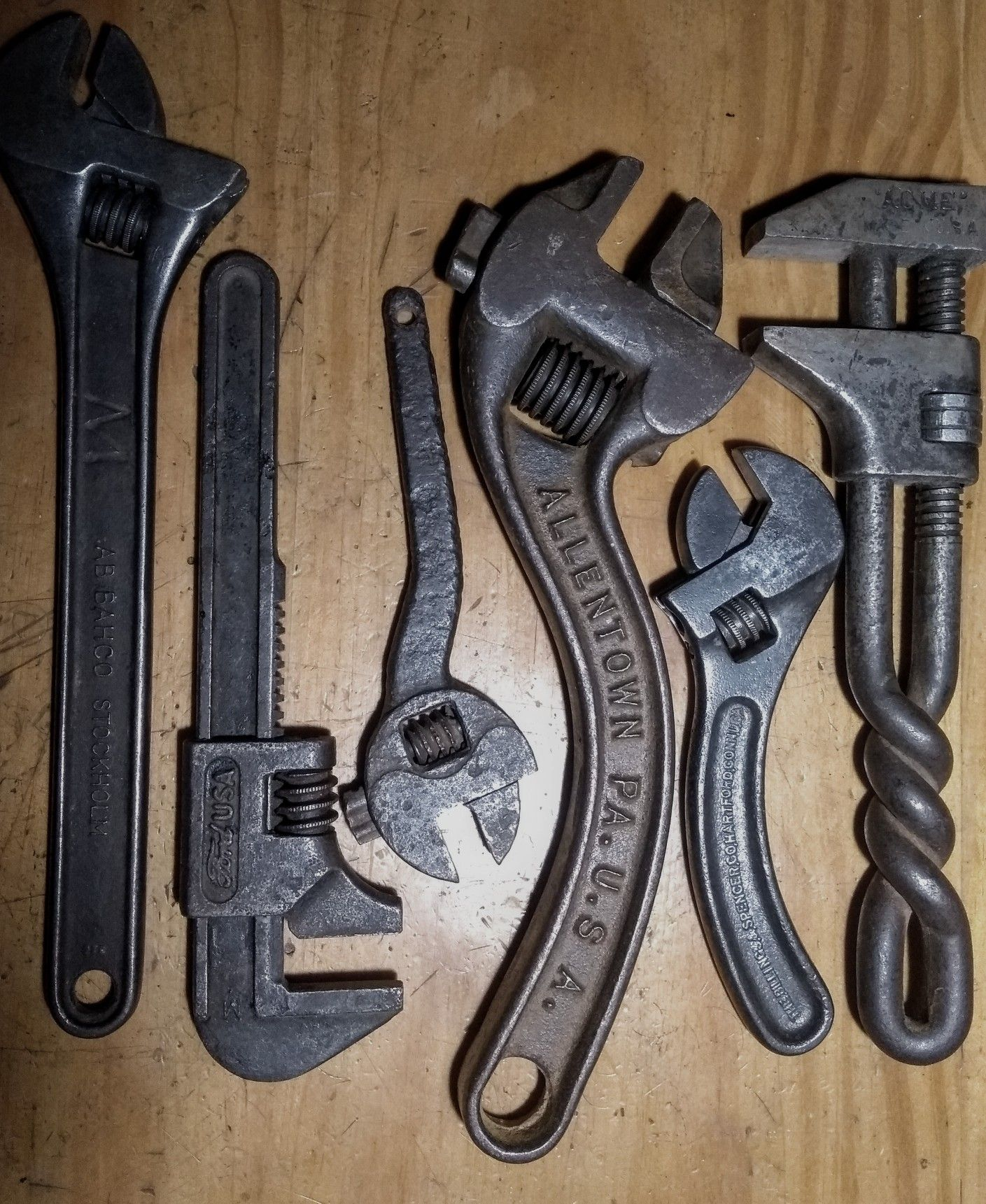 Vintage wrenches | Old Tools in 2019 | Old tools, Blacksmith tools