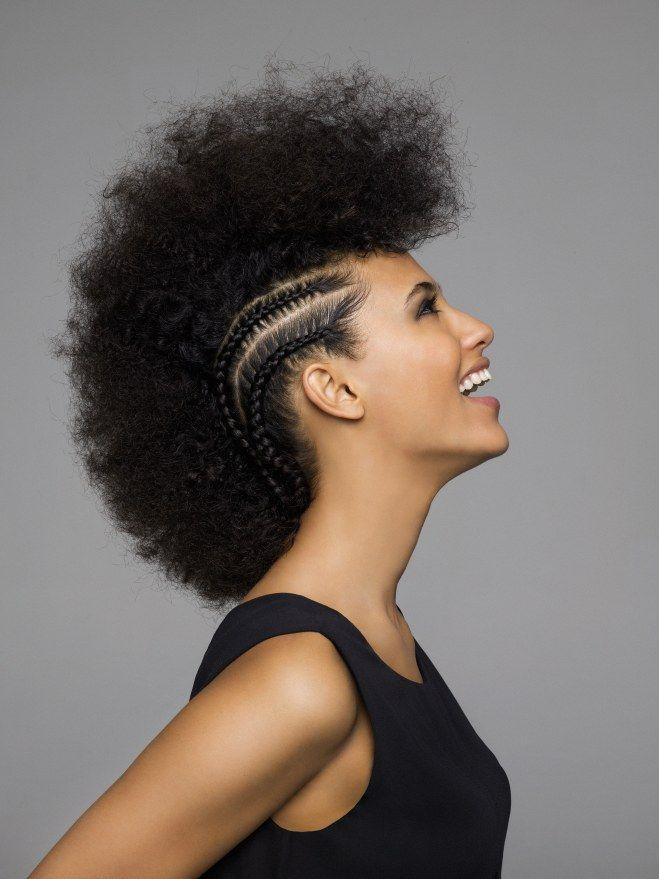 Les Plus Belles Coiffures Afro Nous Adore La Tendance Tresses Fines Plaquees De Zoe Kravitz Salon De Coiffure Africain Coiffure Afro Salon De Coiffure Afro