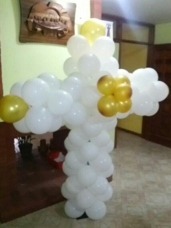 Cruz de globos