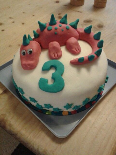 Dinosaur cake  #dinosaur #cake