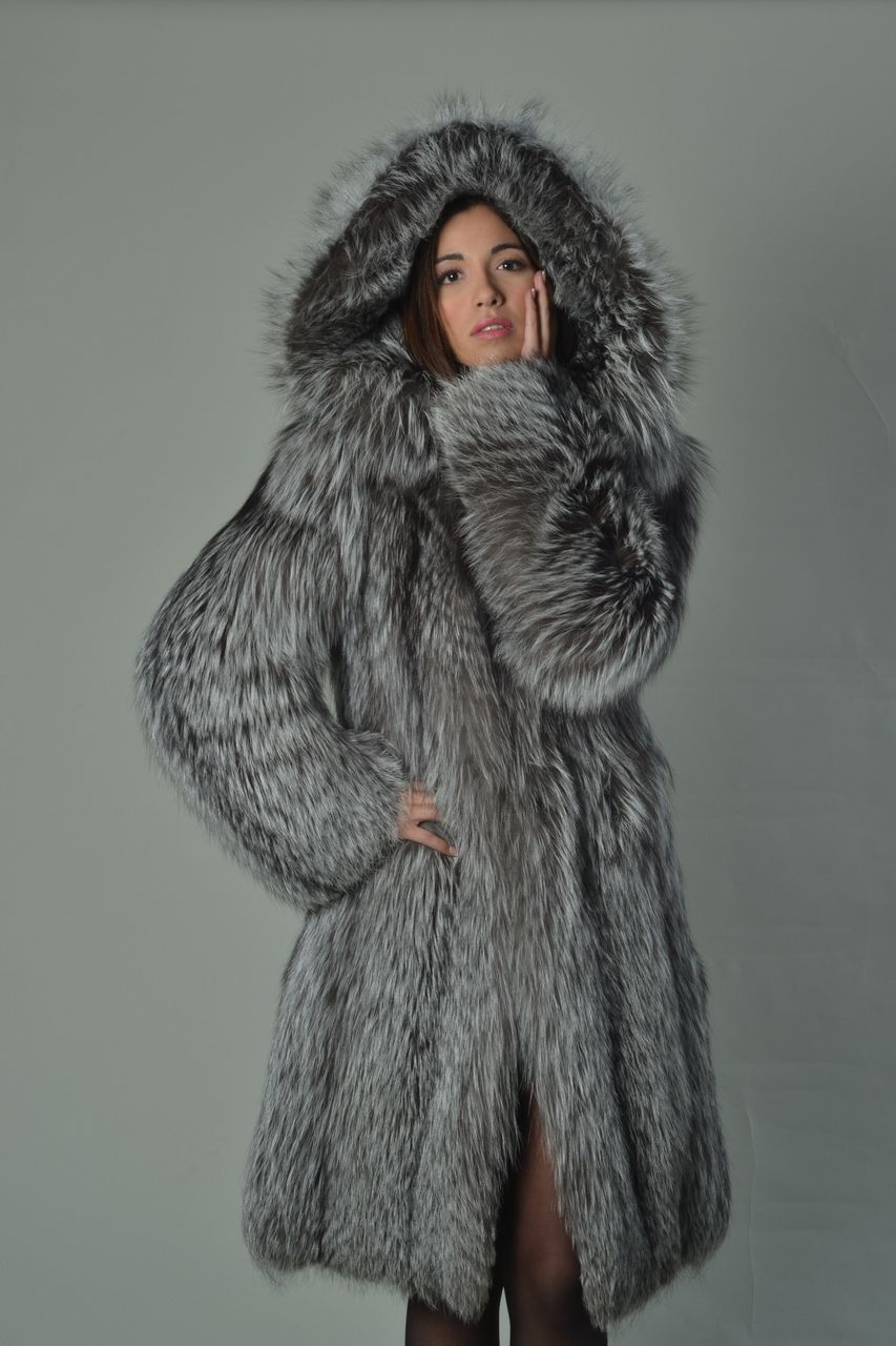 Silver Fox Fur Coat Hooded Knee Length - SKANDINAVIK FUR | I can ...
