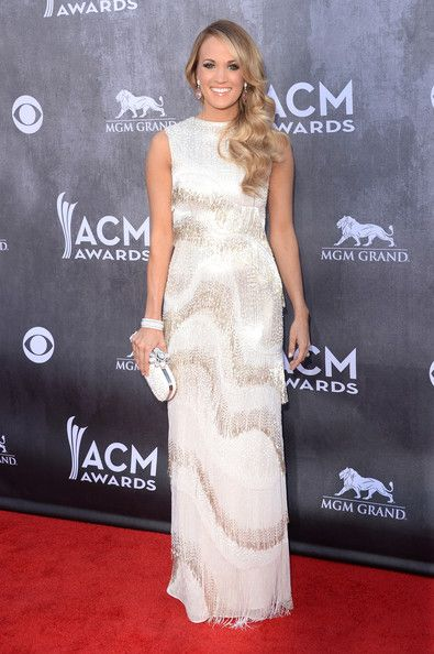 Best Dressed at the Academy Of Country Music Awards 2014 // Carrie Underwood in a fringe Oscar de la Renta