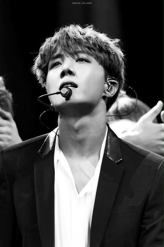 Jhope Abs Black And White Bts