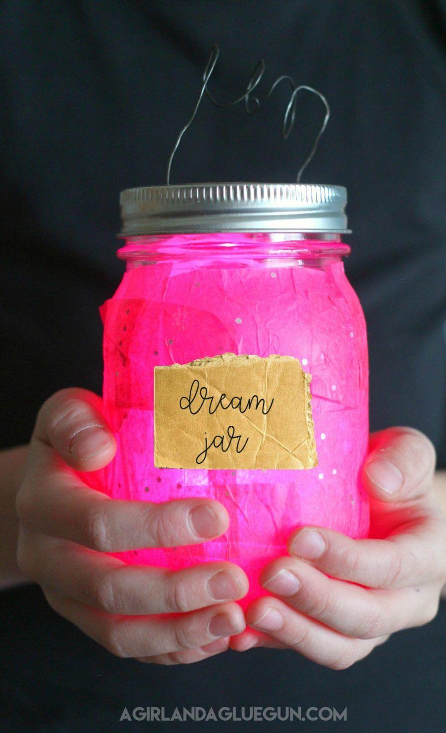 Fun glowing dream jars from Disney's The BFG