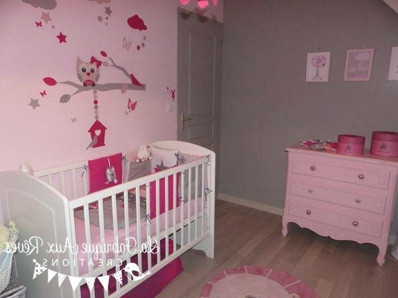 décoration chambre bébé fille stickers tour lit rose fuchsia pour ...