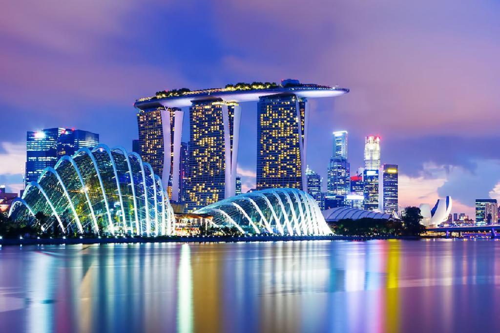 (2) LinkedIn Singapore travel, Singapore