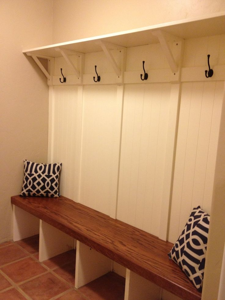Mudroom built in bench rc handyman services mud room for Entryway mudroom bench