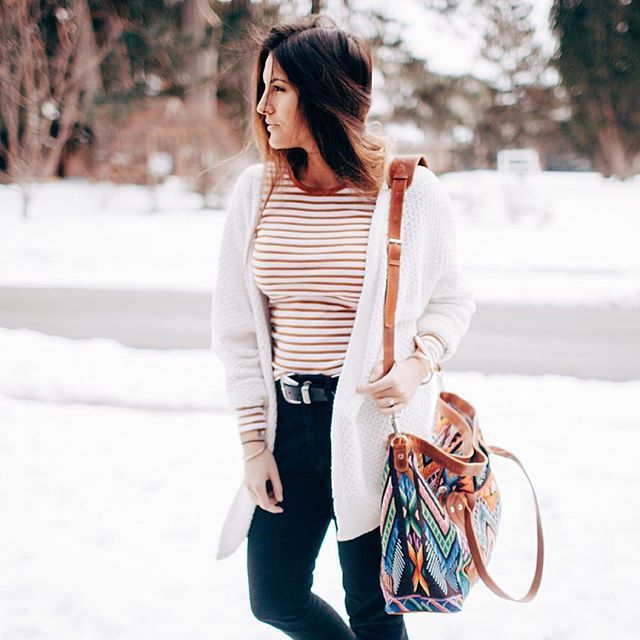 What a babe with her Lucia Carryall. #nenatribe